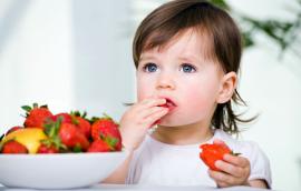 Πώς να ενθαρρύνω το παιδί μου να τρώει  φρούτα